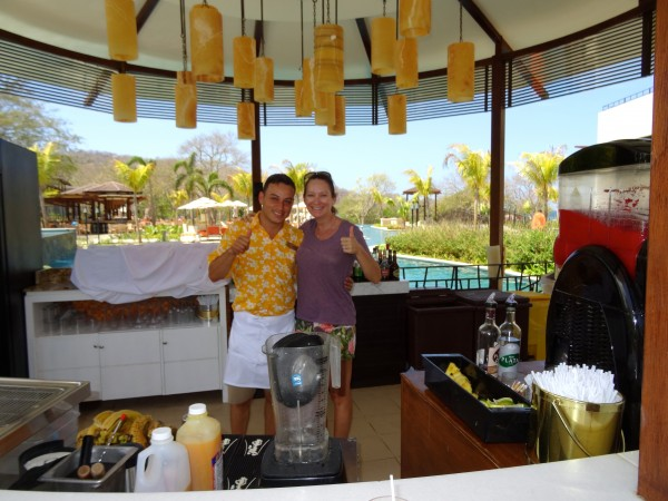 Bar at Dreams Las Mareas