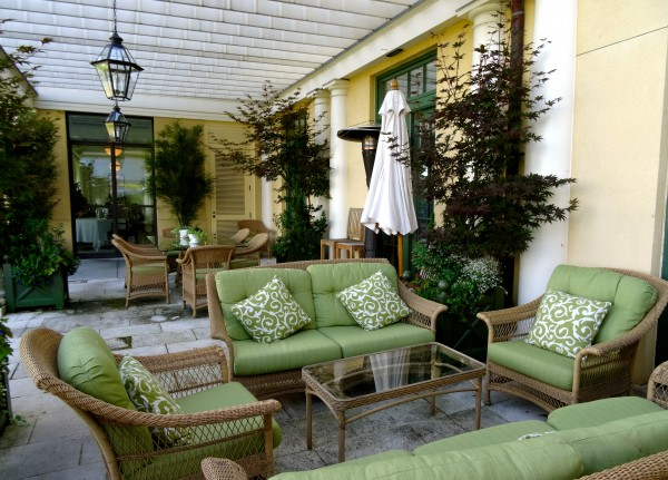 Outdoor seating area at Keswick Hall