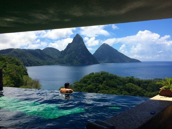 Jade Mountain infinity pool