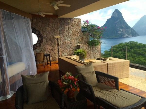 A suite at Jade Mountain