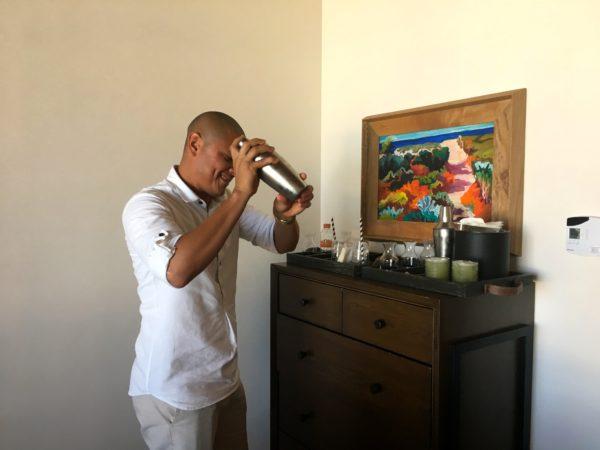 Drink mixing at Chileno Bay