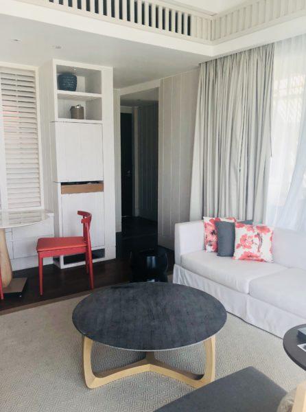 Nevis Peak Suite living room area